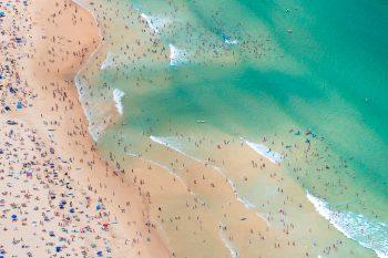 Low Tide Crowds