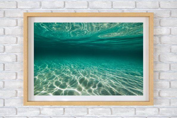 Ocean Veins 90x128cm Light Oak Frame